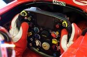 Ferrari_steeringwheel_2005_1